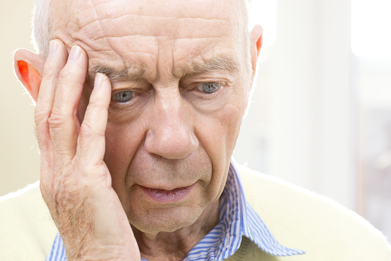 warning signs of alzheimer's - memory care topeka ks
